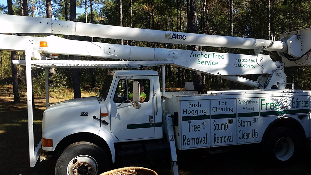 Archer Tree Service company work vehicle